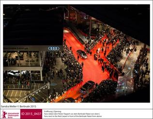 Roter Teppich aus neuer Perspektive