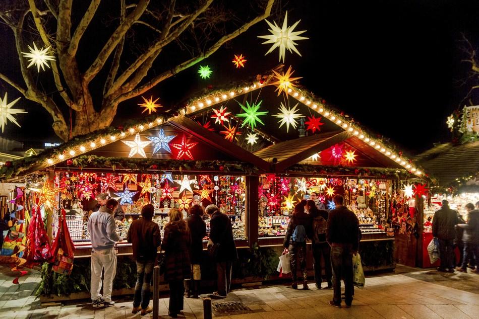 Stände Weihnachtsmarkt.Weihnachtsmärkte In Dresden Prinz